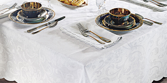 Category Tablecloths