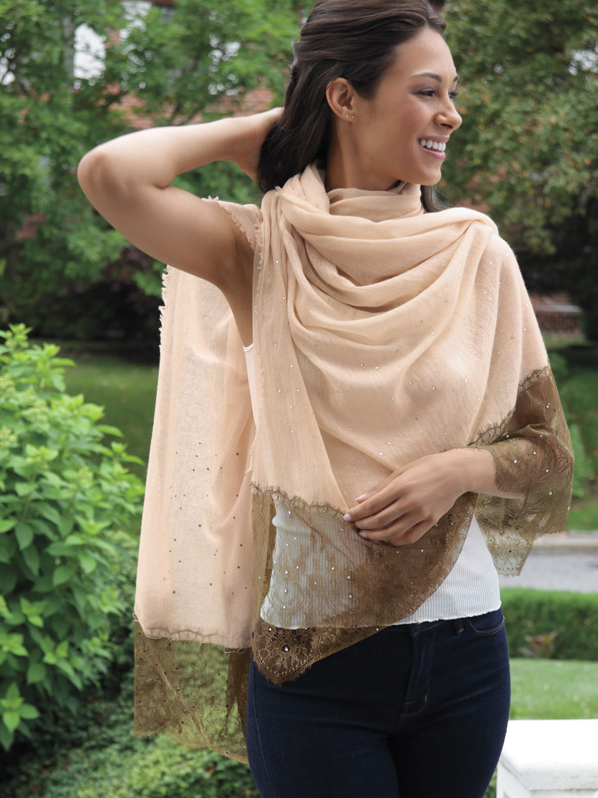 Kelly_Shawl_Bronze_0829.jpg