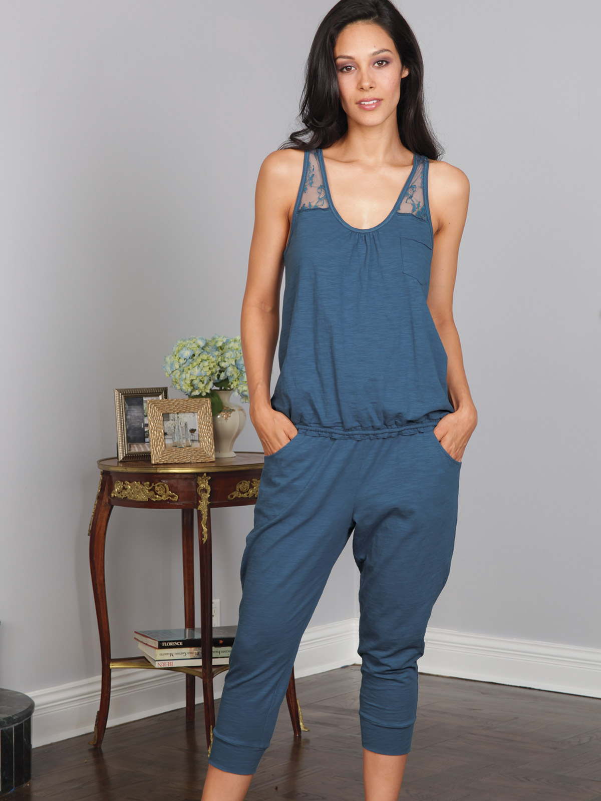 Faith_LoungeWear_3460.jpg