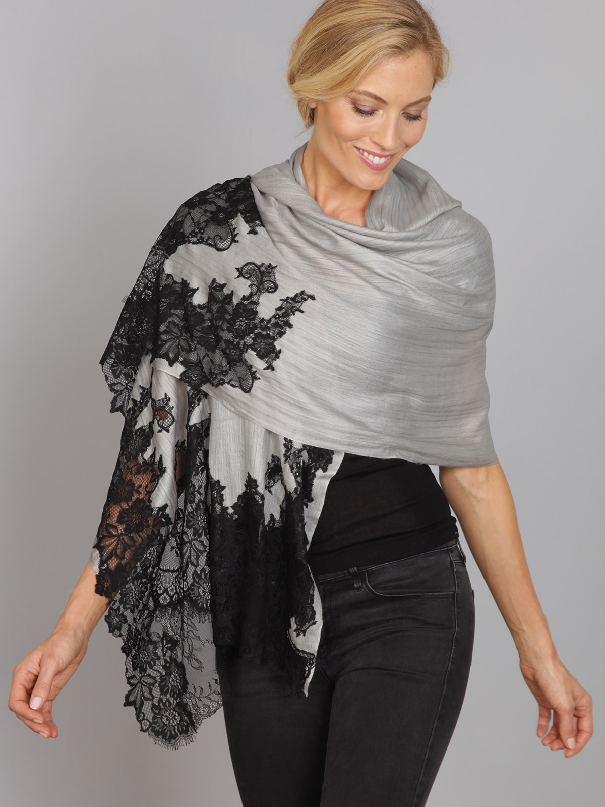 Black-Gray_Shawl_4914.jpg