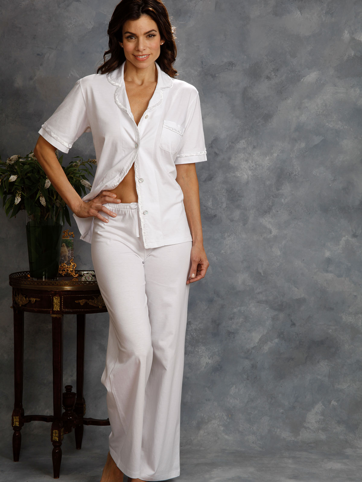Annelise Luxury Nightwear Schweitzer Linen