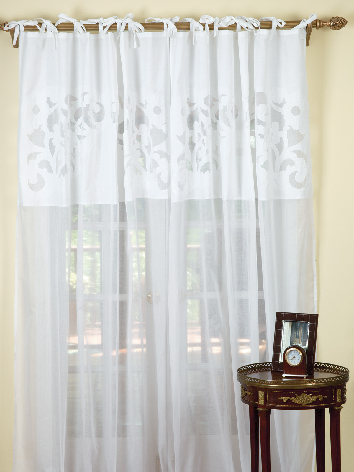Curtain_CurtainCall_11489.jpg