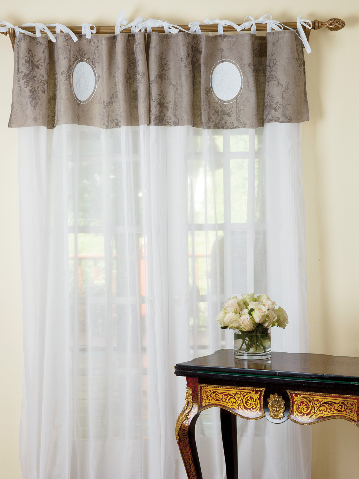 Curtain_GrandPrix_11556.jpg