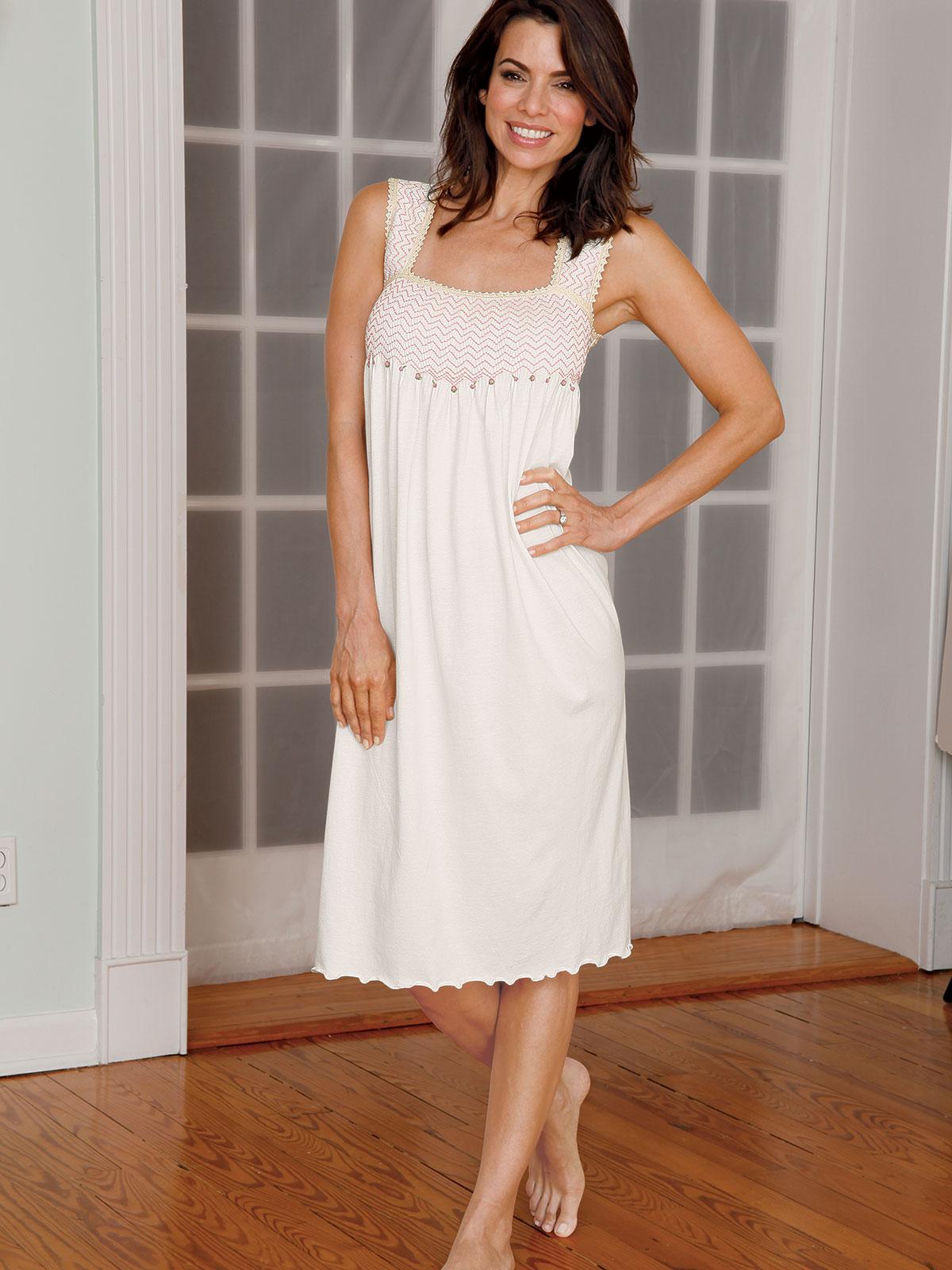 Delicia Luxury Nightwear Schweitzer Linen