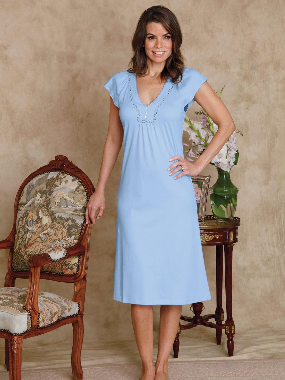 Roberta Luxury Nightwear Schweitzer Linen