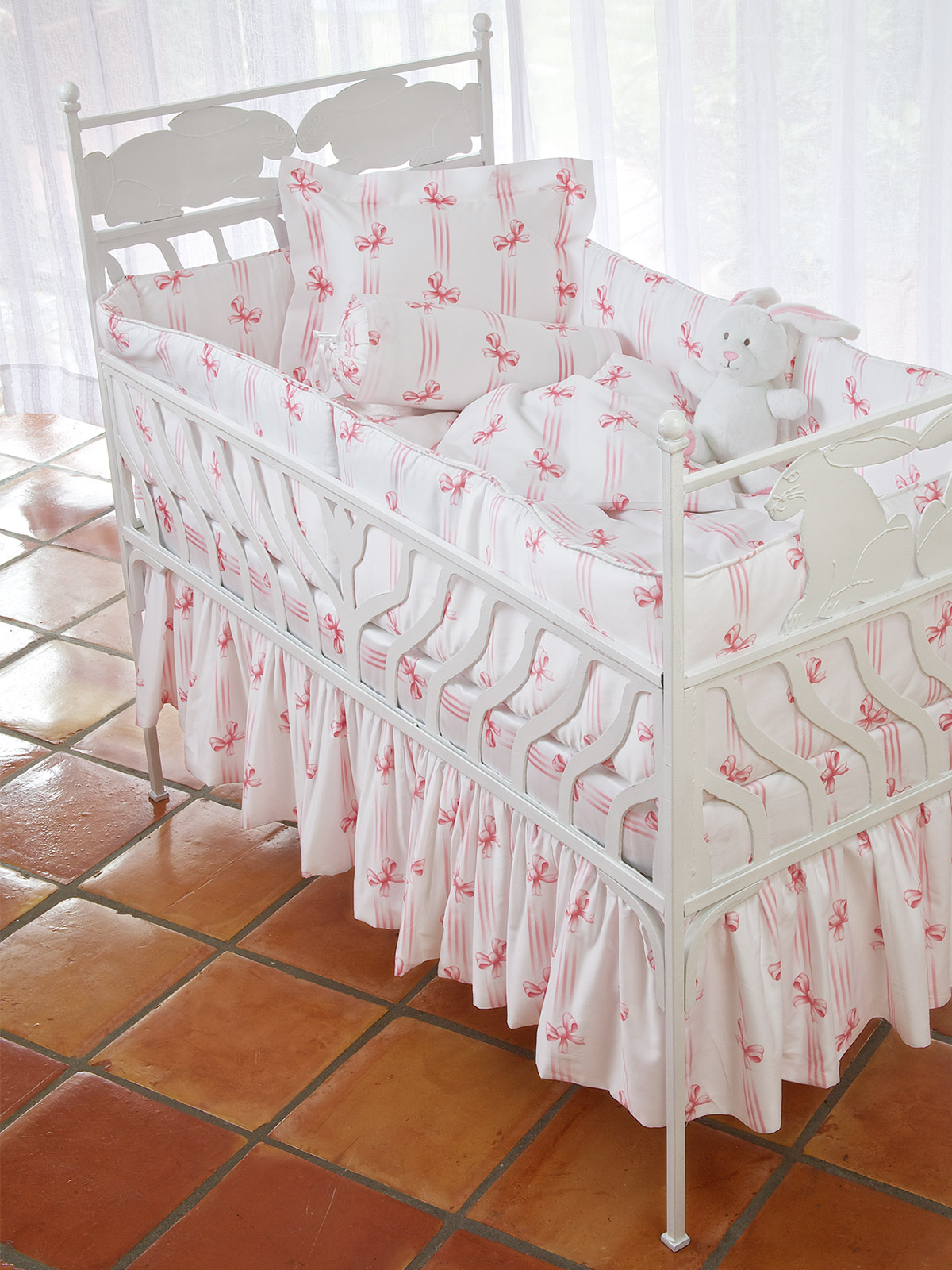 Tiffany_Crib_Pink_2253.jpg