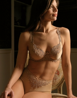 8be13f7b6e92f Godiva - Luxury Intimates - Schweitzer Linen