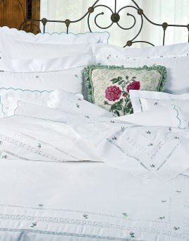 Rosebuds Bedding