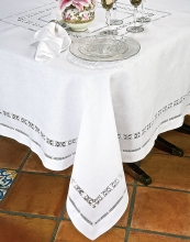 Verona Table Linens